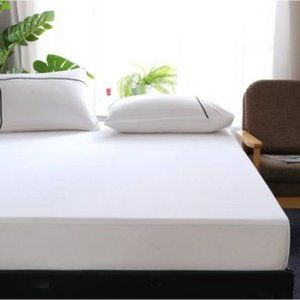 Waterproof Fitted Mattress Protector - (KING)